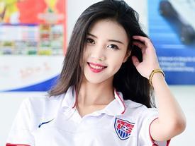 Vũ Ngọc Châm: Màn lột xác sau 4 năm của 'hot girl cổ vũ' World Cup