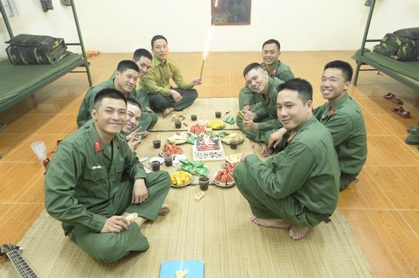Ném lựu đạn sai cách, cả Tuấn Kiệt lẫn Hoàng Tôn ngác ngơ đến nỗi mất mạng rồi vẫn không hiểu vì sao-10