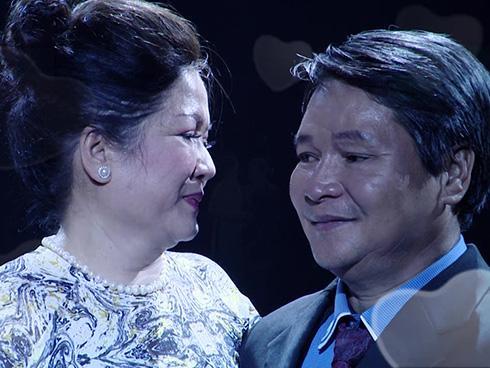Sở hữu cơ ngơi khang trang sau hơn 30 năm kết hôn, cặp vợ chồng gây xôn xao khi tranh cãi chuyện 'của chồng công vợ'