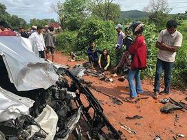 Hoàng thân Campuchia Ranariddh gặp tai nạn xe hơi, vợ thiệt mạng