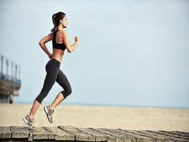 3 bài tập đơn giản giúp bạn 'thổi bay' mỡ thừa trong cơ thể