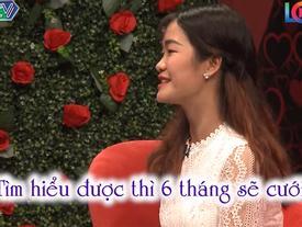 Cô gái khiến MC Quyền Linh ngã ngửa khi chụp hình món ăn tự nấu 'không giống ai' mang lên sân khấu