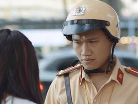 RÁCH MÉP với giọng nói khó đỡ của chàng cảnh sát giao thông đang khiến mạng xã hội 'điên đảo'