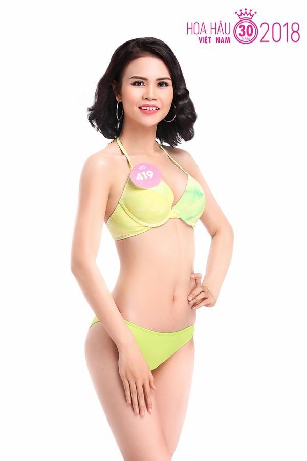 Trọn bộ ảnh bikini nóng bỏng của Top 30 Chung khảo phía Nam HHVN 12