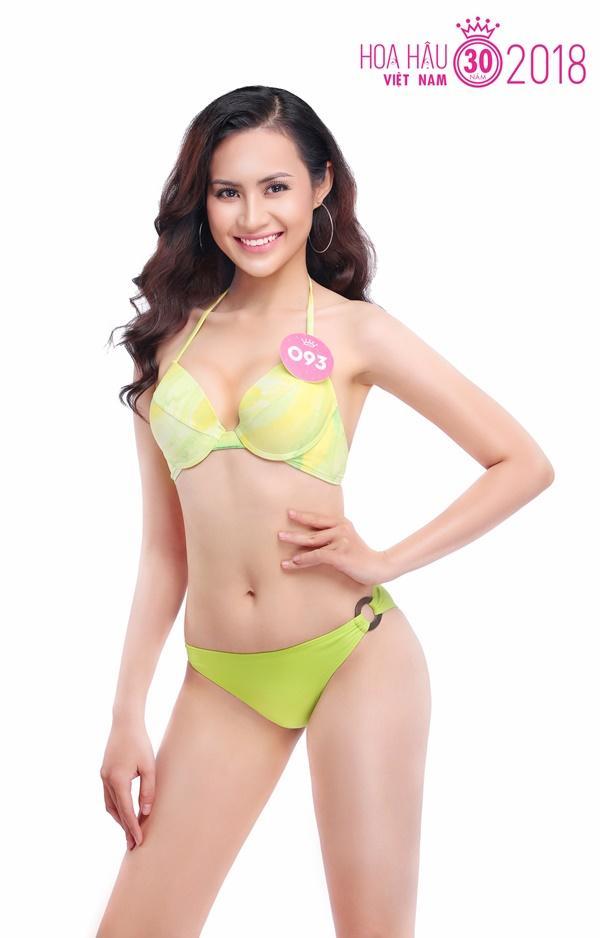 Trọn bộ ảnh bikini nóng bỏng của Top 30 Chung khảo phía Nam HHVN 15