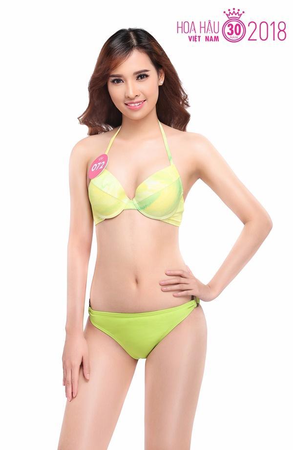 Trọn bộ ảnh bikini nóng bỏng của Top 30 Chung khảo phía Nam HHVN 18
