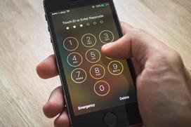 Mật khẩu của iPhone bị vượt qua, Apple từ chối nhận lỗi