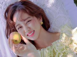 'Sao nhí' Kim So Hyun chia sẻ áp lực và mệt mỏi khi 'bỗng dưng 19 tuổi'