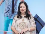 50 tuổi vẫn đóng vai lẳng lơ, NSND Hồng Vân tự thú: 'Khó nhất là phải mơi thằng bé Thái Hòa'