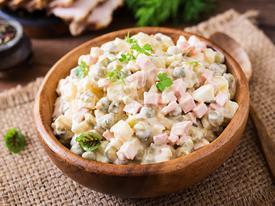 Điểm danh 9 loại salad Nga ngon ngất ngây giải nhiệt ngày hè