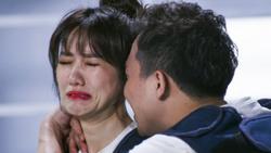 Thấy Hari Won khóc nức nở nhận mình bất tài, Trấn Thành động viên vợ 'cực chất'