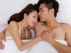 Nhiều cặp vợ chồng quyết định 'ngủ chay' để duy trì hạnh phúc