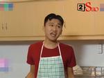 'Mr. Cần Trô' phun mưa liên tục khiến Hồng Vân sợ hãi