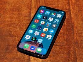 Sẽ có hai mẫu iPhone 2018 được hỗ trợ chế độ chờ SIM kép