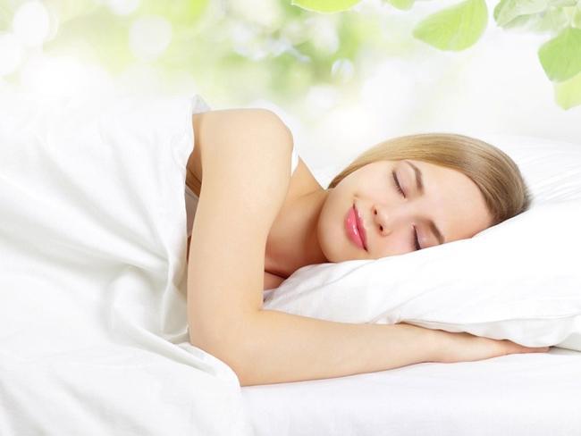 Tin được không: Bí quyết để giúp bạn giảm cân ngay cả khi đang ngủ!-1