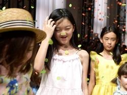 Không ngờ tiểu công chúa 'hở hàm ếch' nhà Lý Á Bằng càng lớn càng khiến bố tự hào đến thế