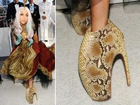 Những đôi giày quái dị của Lady Gaga được thiết kế thế nào?