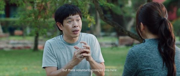 Thái Hòa khỏa thân tắm cùng cúng cứng khiến Phương Anh Đào hoảng hốt