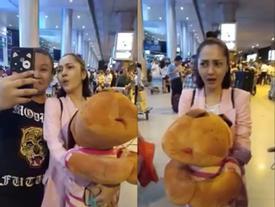 Phản ứng cực kỳ đáng yêu của Bảo Anh khi để mặt mộc ra sân bay mà bị fan đòi selfie