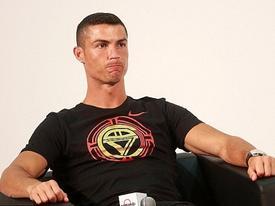 Ronaldo chấp nhận nộp tiền, chịu án tù, đoạn tuyệt với Tây Ban Nha