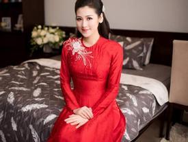 Áo dài cưới đỏ thắm tôn dáng đầy đặn của á hậu Tú Anh