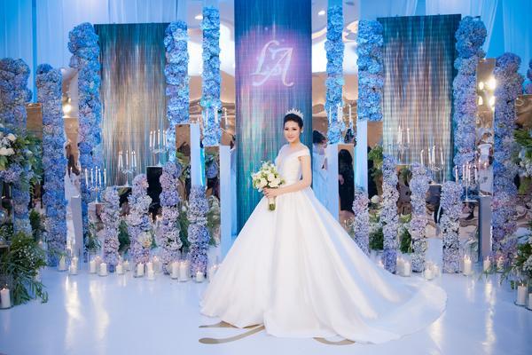 Những chiếc váy cưới đẹp như cổ tích của 5 cô dâu đình đám nhất showbiz Việt năm 2018-6