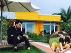 Đăng ảnh Hòa Minzy vui chơi, bạn trai nữ ca sĩ khiến bao người 'choáng váng' vì căn biệt thự rộng nghìn m2