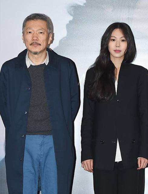 Yêu trong gạch đá chưa là gì, đạo diễn U60 kiên quyết ly dị vợ để cưới ảnh hậu xứ Hàn kém 22 tuổi Kim Min Hee-2