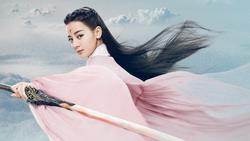 Địch Lệ Nhiệt Ba khoe nhan sắc 'cực phẩm' với tạo hình như tiên nữ giáng trần