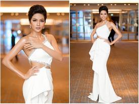 Diện đầm trắng đẹp xuất sắc, lựa chọn phong thủy liệu có giúp H'Hen Niê chiến thắng Miss Universe 2018?