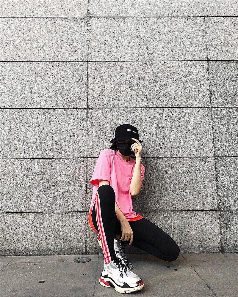 54dce41d8 Sao Việt ăn mặc theo phong cách sportwear