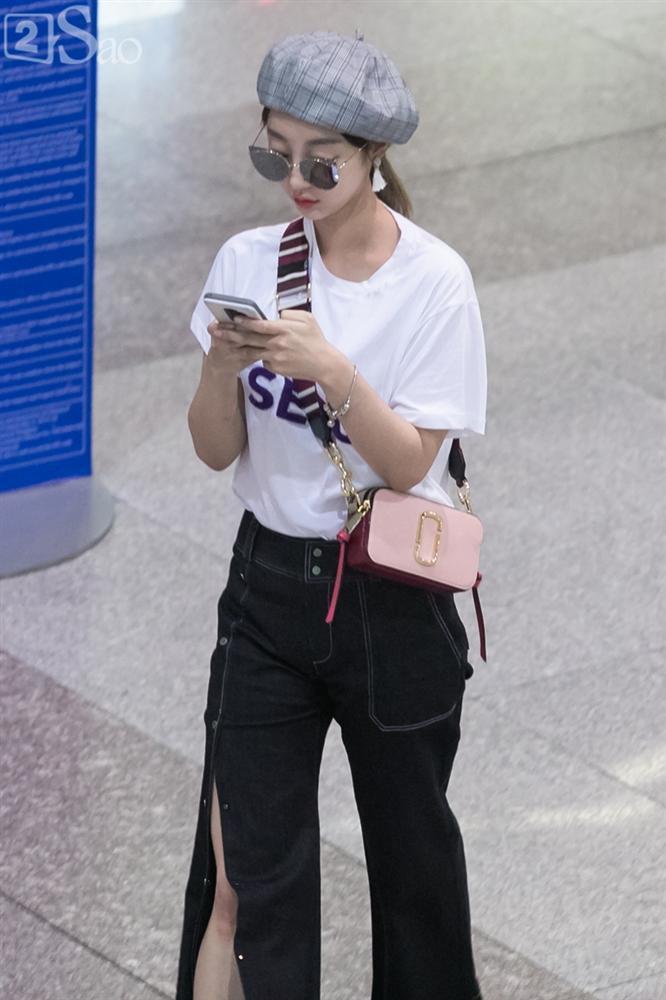 STREET STYLE SAO HÀN: DJ Soda khoe body không chút mỡ thừa - TaeYeon diện đầm như mang bầu-6
