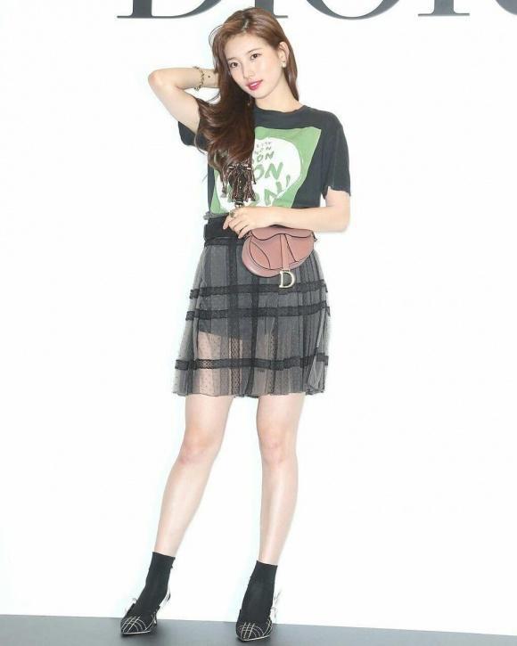 STREET STYLE SAO HÀN: DJ Soda khoe body không chút mỡ thừa - TaeYeon diện đầm như mang bầu-3