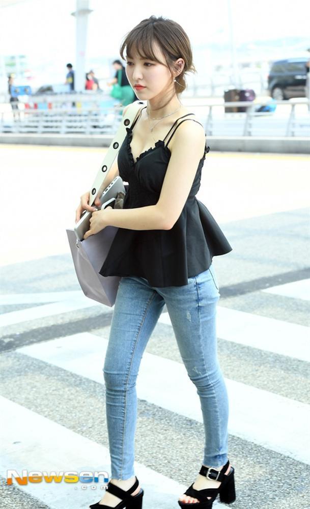 STREET STYLE SAO HÀN: DJ Soda khoe body không chút mỡ thừa - TaeYeon diện đầm như mang bầu-10