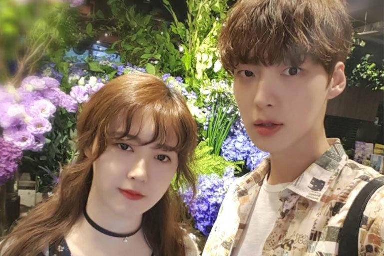 Cặp vợ chồng Ahn Jae Hyun và Goo Hye Sun ngày càng giống nhau-2