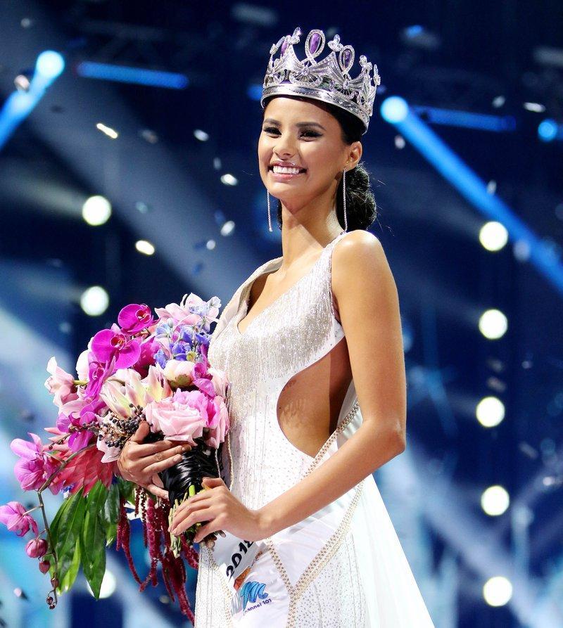 HHen Niê lọt top 5, mỹ nhân chuyển giới Angela Ponce được dự đoán đăng quang Miss Universe 2018-4