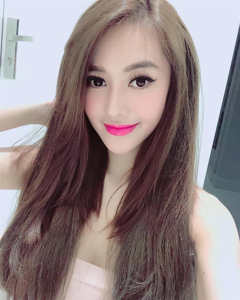Mai Phương Thúy tiết lộ về giải phụ từ cuộc thi Hoa hậu Việt Nam 2006-7