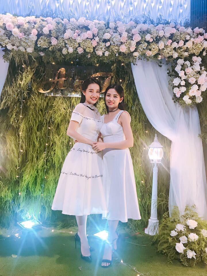 Em gái xinh đẹp của Nhã Phương vượt mặt chị, lấy chồng ở tuổi 26-5