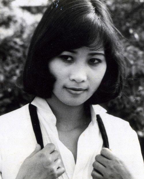 Loạt ảnh thời xuân sắc của những mỹ nhân từng làm chao đảo màn ảnh Việt-8