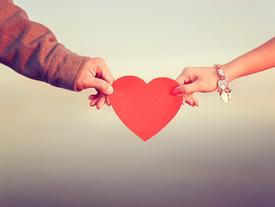 Yêu một người liệu có cần lý do?