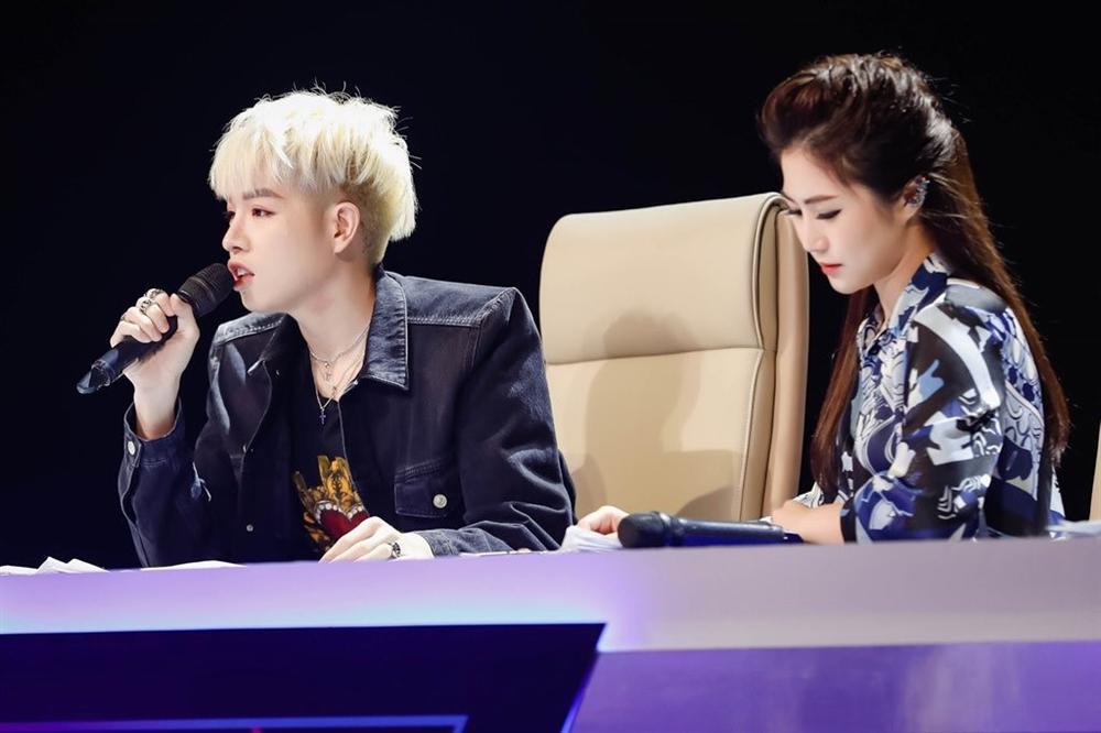 Hương Tràm bị loại khỏi ghế giám khảo: Tôi sốc và sụp đổ tâm lý-1