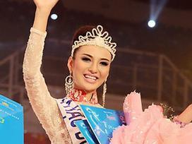 10 năm từ Hoa hậu gây tranh cãi đến mẹ 'đơn thân' giỏi giang của Ngọc Diễm