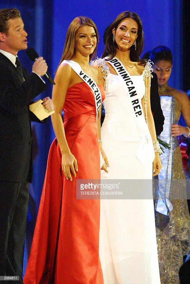 Những đàn chị mặc sắc trắng đẹp thần sầu HHen Niê nên học hỏi tại Miss Universe-4