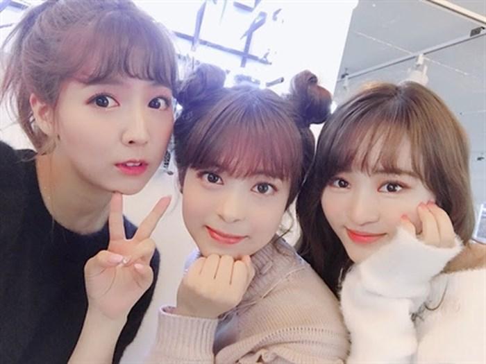 Ba thánh nữ JAV sang Hàn làm sao vẫn không bỏ nghề-5