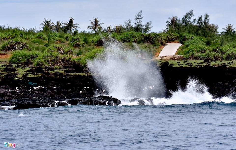Ngắm miệng núi lửa trên đảo Lý Sơn từ fly cam-8