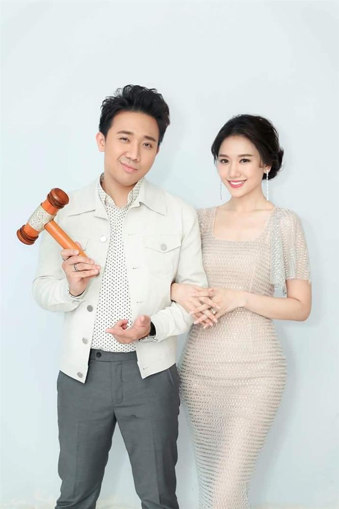 Từ khi lấy Trấn Thành, Hari Won vừa chăm dùng đồ hiệu vừa lên hương nhan sắc-1