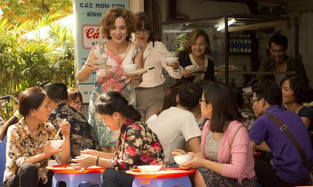 Dở khóc dở cười với hành trình khám phá Việt Nam của 3 bà Ninja Tây Ban Nha-5