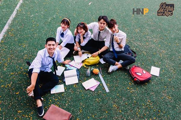 Cả nhà đi học: Phim sitcom học đường vui nhộn dành cho giới trẻ-4