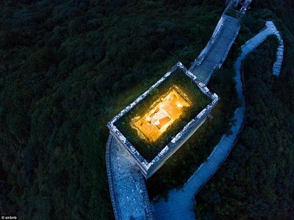 Khách sạn nằm trên tháp canh ở Vạn Lý Trường Thành-4
