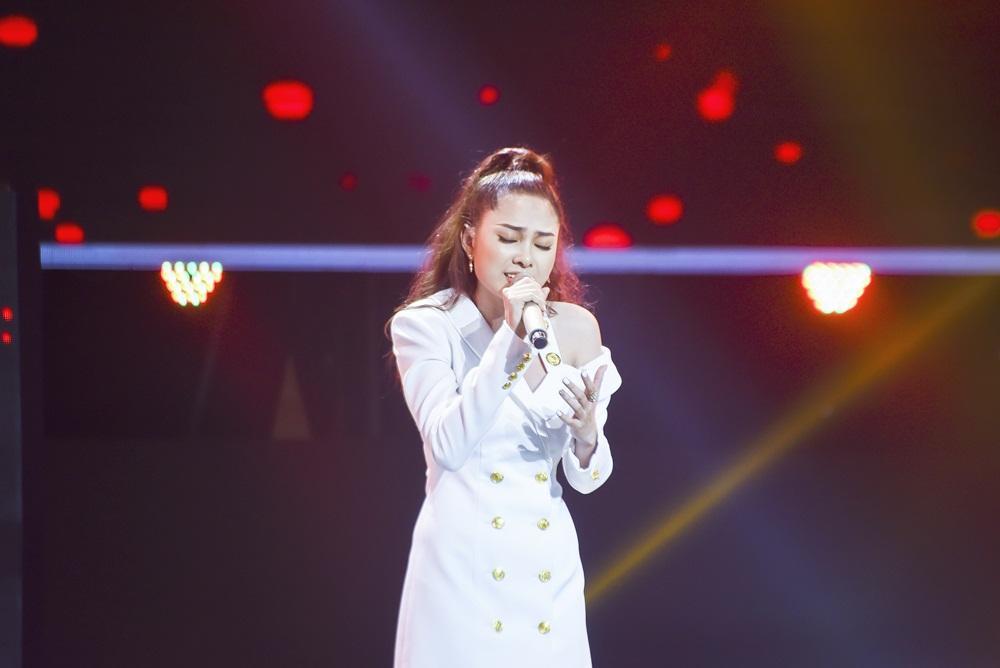 Học trò Noo Phước Thịnh mê hoặc khán giả khi hát hit 'Bùa yêu' của Bích Phương-4